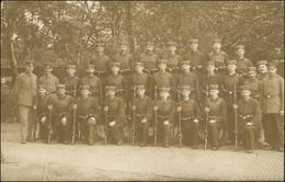 Ansichtskarte  Soldatengruppenbild Mit Gewehren, Oldenburg 1916 - Militaria