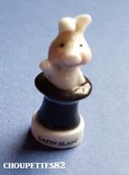 Fèves Fève Les Rois De La Magie Lapin Blanc Dans Chapeau*1092* - Autres