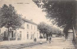 COUBERT - La Gare - Francia