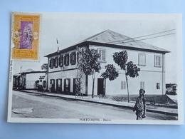 C. P. A. : Benin, Dahomey : PORTO-NOVO : Mairie, Animé, Timbre En 1934 - Benin