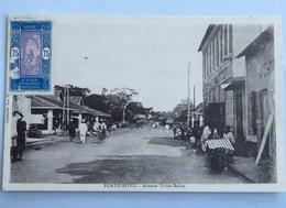 C. P. A. : Benin, Dahomey : PORTO-NOVO : Avenue Victor Ballot Animé, Timbre En 1934 - Benin