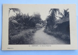 C. P. A. : Benin, Dahomey : La Route D' ADJOHON - Benin