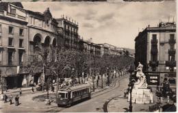 BARCELONA - Plaza Del Teatro  Y Rambla De Capuchinos Con El Tranvía - Barcelona