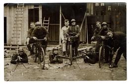 Carte Photo C1920 - Groupe Militaires - Carabinier Cycliste - Cyclistes Carabiniers - 2 Scans - Autres