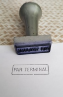 Ancien Tampon Réformé De La Poste PTT Cachet Par Terminal - Cachets