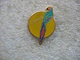 Pin's Perruche, Perroquet La Forgadu - Animals
