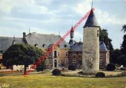 Le Château - Centre De Vacances L'Hirondelle - Oteppe - Burdinne
