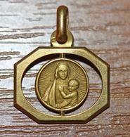 """Pendentif Médaille Religieuse Style Art Déco - Années 30 """"Vierge à L'Enfant"""" - Religious Medal - Religion & Esotérisme"""