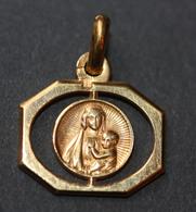 """Beau Pendentif Médaille Religieuse Années 30 Art Déco """"Vierge à L'Enfant"""" Religious Medal - Religion & Esotérisme"""
