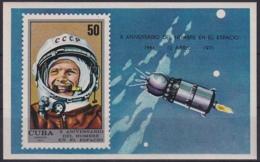 1970.101 CUBA 1971. Ed.1856. HF X ANIV PRIMER HOMBRE EN EL ESPACIO, YURI GAGARIN. MANCHAS. - Cuba