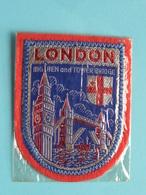 LONDON Big Ben And Tower Bridge : BADGE 7 X 5,5 Cm. () Zie / Voir / See Photo ! - Scudetti In Tela