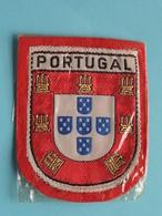 PORTUGAL : BADGE 7 X 6 Cm. () Zie / Voir / See Photo ! - Escudos En Tela