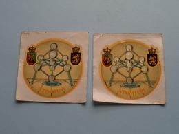 ATOMIUM ( Zie Foto Voor Details > Exclusiviteit Van Ets. KONIJN Brussel ) Zelfklever Sticker Autocollant +/- 7 X 7 Cm.! - Adesivi