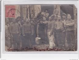 LONGWY : Carte Photo De Militaires Lors Des Grèves De 1905 - état (un Coin Manquant Et Un Autre Plié) - Longwy