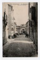 - CPA LE MALZIEU-VILLE (48) - Place De La Fontaine 1910 (avec Personnages) - - Autres Communes