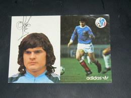 SPORT FOOTBALL / EQUIPE DE FRANCE 1978  / JOUEUR +DEDICACE IMPRIME  / CIRC /  EDITION ADIDAS - Voetbal