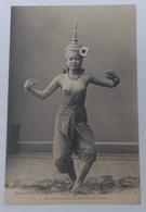 Laos - La Plus Gracieuse Des Ballerines Laotiennes - Laos