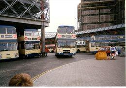 35mm ORIGINAL PHOTO BUS UK BLUNSDON PENHILL SWINDON OMNIBUS STATION - F178 - Photographs