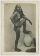 """Prostituée . Prostitution .  Vraisemblablement à Casablanca En 1941 (marin Du """"Georges Leygues""""). - Africa"""