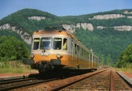 RU CT 04 - Autorail RGP X 2737 Entrant En Gare - JEURRE VAUX - Jura 39 - SNCF - Trains