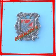 Pin's Pompiers De SOORTS HOSSEGOR , LANDES, Zamac - Firemen