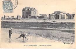 14 - VER Sur MER : Un Coin Des Cabines - CPA Village (1.600 Habitants) - Calvados - Autres Communes