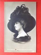 S.A.R. MADAME LA PRINCESSE CLEMENTINE DE BELGIQUE - SUPERBE CHAPEAU - GROTE HOED - Familles Royales
