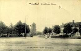 59 WORMHOUT GRAND PLACE ET KIOSQUE / A 550 - Wormhout
