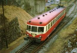 RU CT 10 - Autorail X 2863 Quitant La Gare - LAVANS-SAINT-LUPICIN - Jura - SNCF - Trains