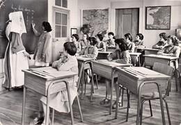 86 - Biard : Institution De Larnay - Classe De Sourdes - Religieuse Congrégation Des Filles De La Sagesse - CPM Neuve - France