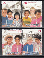 1996  YVERT Nº 1013 / 1016  MNH, Navidad, Niños De Diferentes Naciones Ante Iglesias - Vanuatu (1980-...)