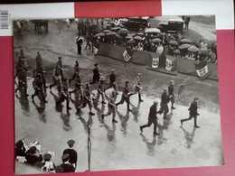 Grande Foto Originale 18x24 Sfilata Di Reduci A Cremona. - Historische Documenten