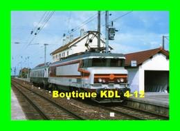 RU CT 19 - Train - Loco CC 21004 En Gare - FRASNE - Doubs - SNCF - Trains