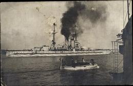 Photo Cp Deutsches Kriegsschiff, Unbekannt - Barche