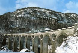 RU CT 27 - Autorail X 2802 Et 2835 Sur Le Grand Viaduc Vers MOREZ - Jura - SNCF - Ouvrages D'Art
