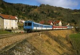 RU CT 28 - Autorail RGP X 2736 Et 2747 Et X 2896 Vers LEZAT - Jura - SNCF - Trains