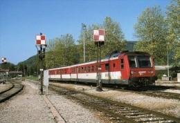 RU CT 33 - Autorail RGP X 2740 En Gare - LA CLUSE - Ain - SNCF - Trains