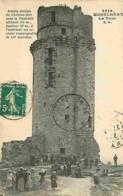 91 - Montlhéry - Ancien Donjon Du Château Fort - Animé - Voir Scans Recto-Verso - Montlhery