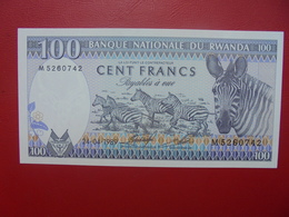 RWANDA 100 FRANCS 1989 PEU CIRCULER (B.6) - Ruanda