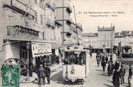83 LA SEYNE SUR MER QUAI DU PORT BELLE ANIMATION TRAMWAY POUR TOULON DEVANT LE CAFE DE L' UNIVERS - La Seyne-sur-Mer