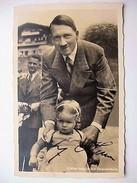 Militaria WW2 - Hitler Et Une Petite Fille Au Berghof - Photo Dédicacée - 1939-45