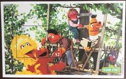Fiji 2000 Sesame Street Minisheet MNH - Fiji (1970-...)