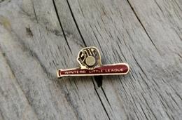 Pin's / Pins / Beau Et Rare / Thème : Sports / Baseball / WINTERS LITTLE LEAGUE / Bate, Gant, Balle - Baseball