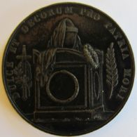 AG00238  DULCE ET DECORUM PRO PATRIA MORI  (Ag12g) - Tokens & Medals