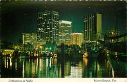 Etats-Unis - Florida - Miami Beach - Reflections At Night - Semi Moderne Grand Format - état - Miami Beach