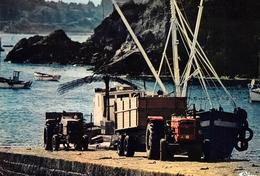 ILE De BREHAT - Port-Clos - Bateau De Livraison - Tracteurs - Photo M. Dupuis / Azimut - Ile De Bréhat