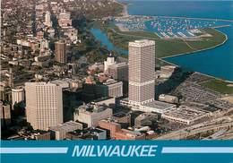 Etats-Unis - Wisconsin - Milwaukee - This Aerial View Of Downtown - Moderne Grand Format - état - Milwaukee