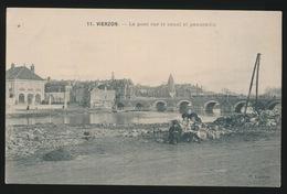 VIERZON    LE PONT SUR LE CANAL ET PANORAMA - Vierzon