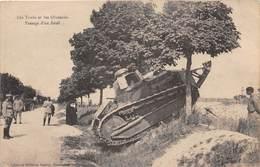 Militaria - Les Tanks Et Les Obstacles - Passasge D'un Fossé - Tank - Matériel