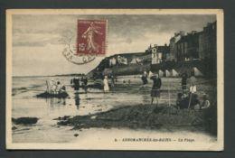 CPA  14  CALVADOS  -  ARROMANCHE-LES-BAINS  La Plage - Arromanches